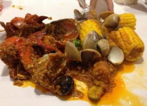 Harga menu The Holy Crab dan alamat cabang